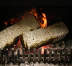 Zelf briketten maken van houtsnippers